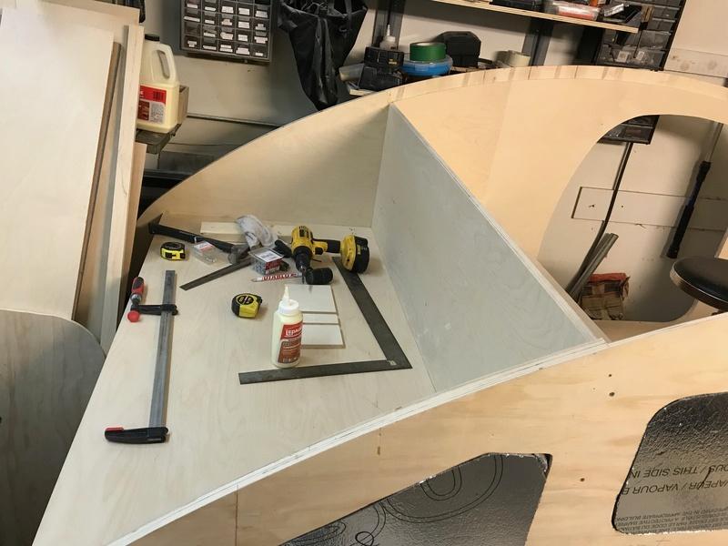 Construction d'une teardrop - Page 2 Img_0310