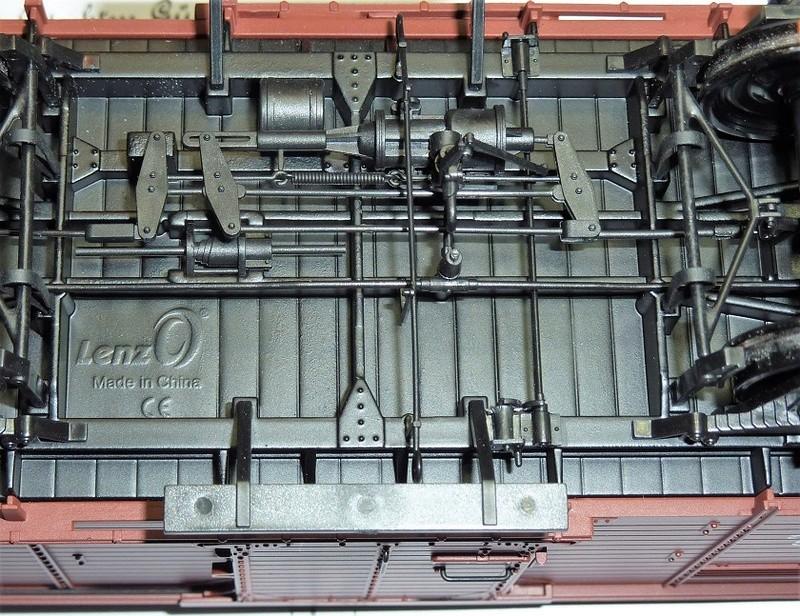 Baubericht Preuss. gedeckter Güterwagen G10 mit Bremserhaus, M 1:16 P1100417