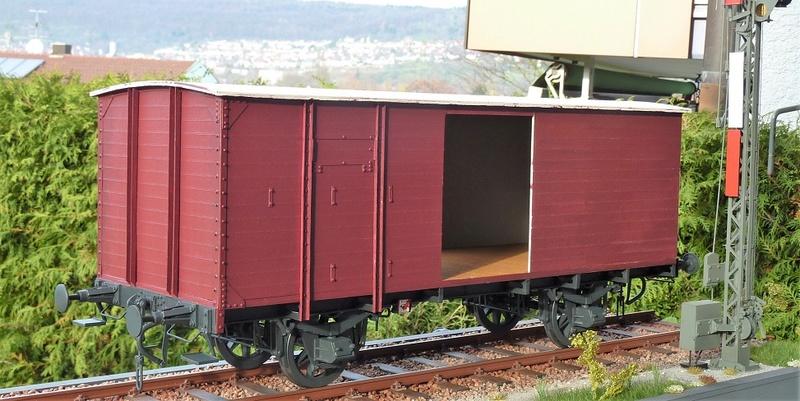 Preuss. gedeckter Güterwagen G10 mit Bremserhaus, M 1:16 P1100516