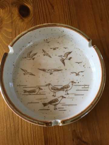 an ashtray! Image40
