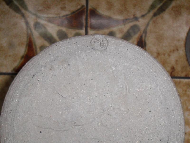Storage jar backstamp mb Sam_7116