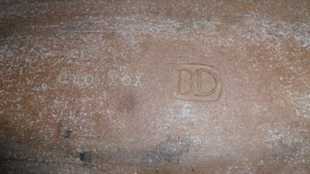 Celadon Lidded Box DB? - probably by Beryl Debney, Yoxford Pottery Sam_7725