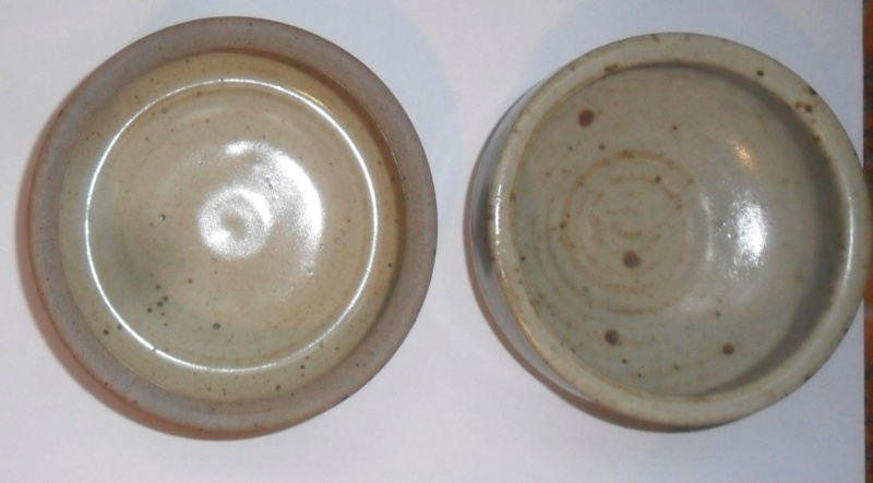 two small Winchcombe bowls one with a dot!!!! Sam_7825