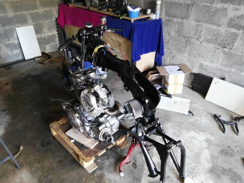 XV 750 SE >> XV 1100 Virago Cafe racer - Page 12 Img_2017
