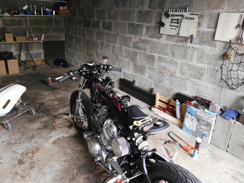 XV 750 SE >> XV 1100 Virago Cafe racer - Page 12 Img_2034