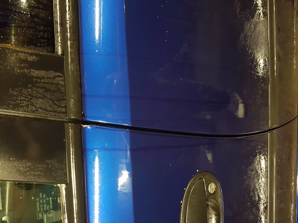 MiTomane 0 - 1 Sticky paint 20180518