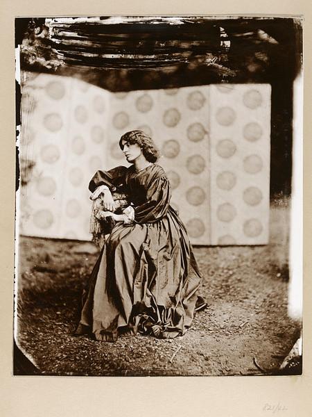Джейн Моррис (1839-1914). 024-ja10