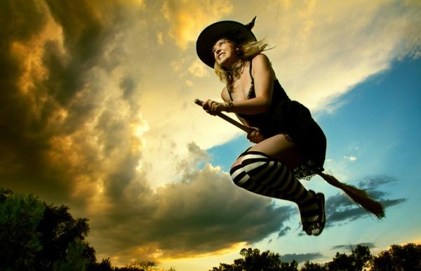 Магия, наркотики и интим: Как возник традиционный образ «ведьмы на метле».  118