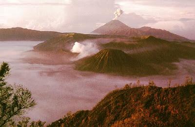 Vulkani - Page 26 00000610