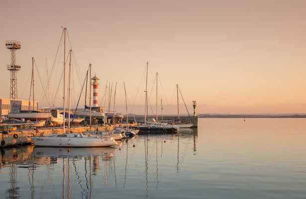 Luka-marina-port - Page 16 21918210