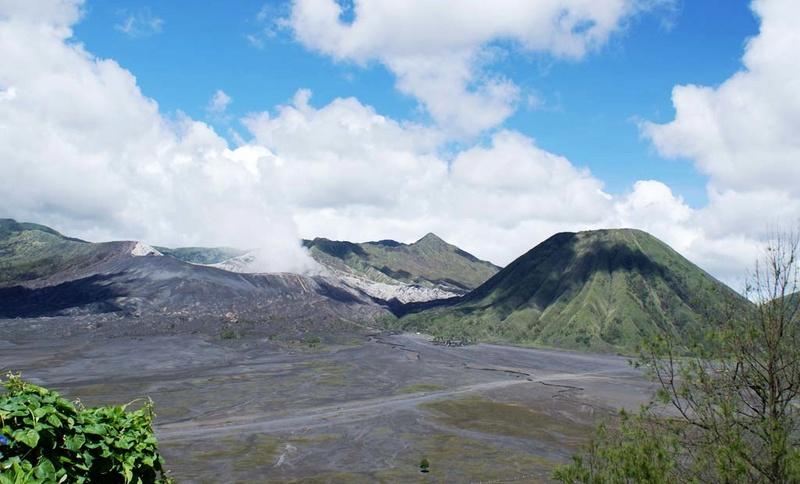 Vulkani - Page 26 Mount-12