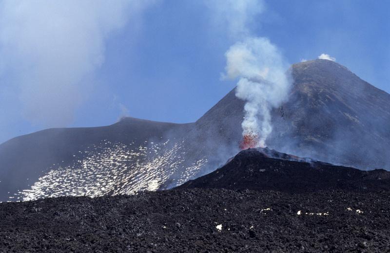 Vulkani - Page 27 Vulkan10