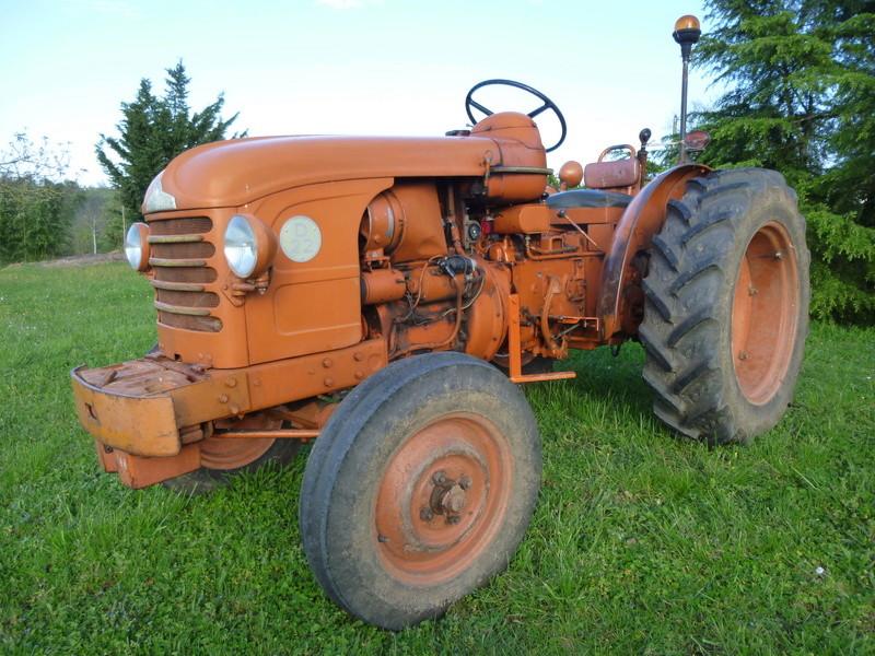 Mon premier tracteur, un D22 P1040716