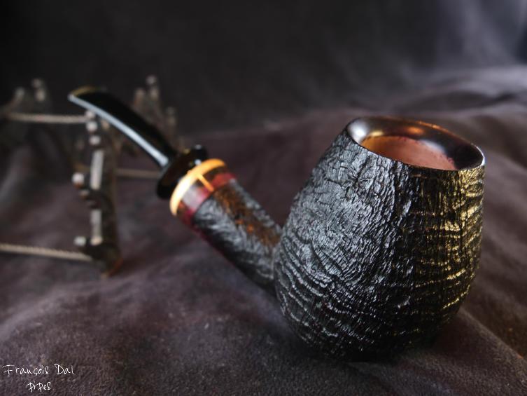 Troyes : des cendres de tabac à pipe retrouvées. (3/12) Dscf7713