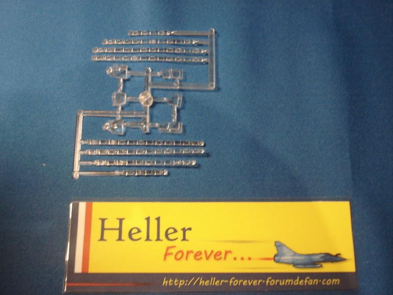 [HELLER] La légende HELLER ( coffret des 60 ans ) -1/100e  ref 52324 Dsc06713