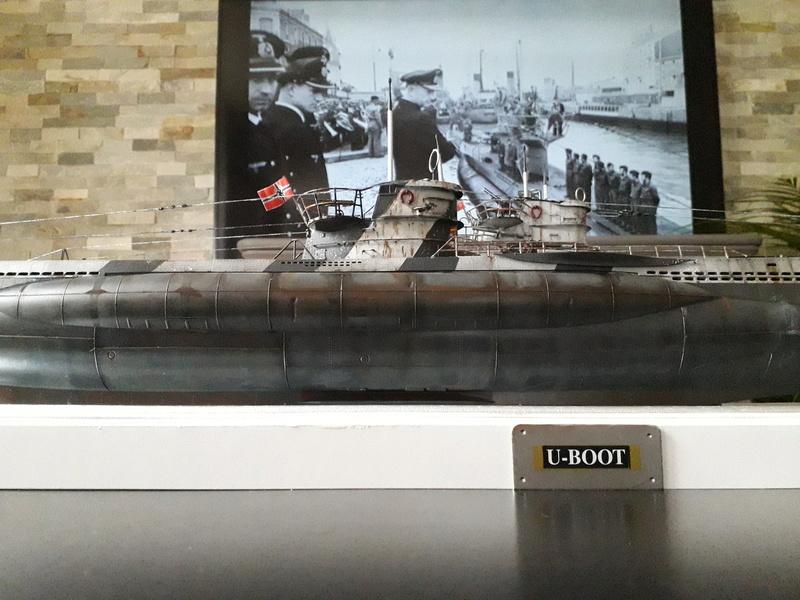 2 u-boots pour le bord de mer. 20180112