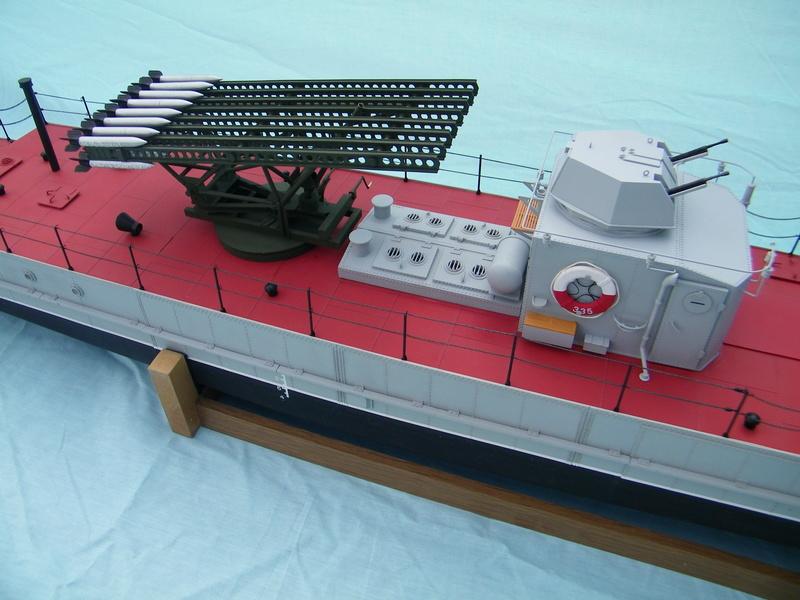 Russian gunboat Bk 1124 au 1/20e sur plan  - Page 8 100_5933
