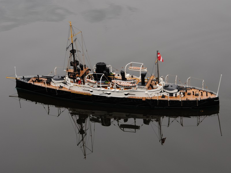 SMS Monarch cuirassé austro-hongrois au 1/65e sur plan F19t1110