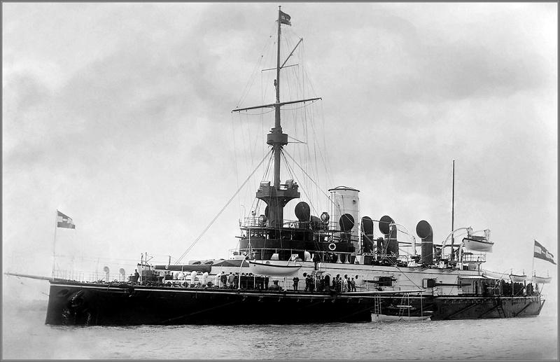 SMS Monarch cuirassé austro-hongrois au 1/65e sur plan Iuoyqc10