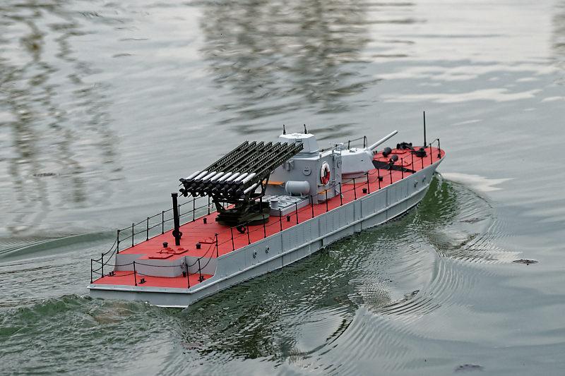 Russian gunboat Bk 1124 au 1/20e sur plan  - Page 8 Vedett10