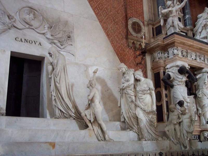 Le monument funéraire d'Antonio Canova (1757-1822) à la basilique des Frari (Venise) 1186