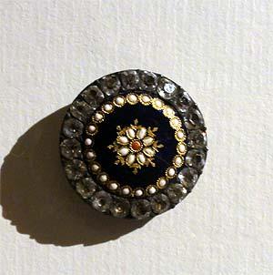 Les boutons, accessoires de mode au XVIIIe siècle 1731