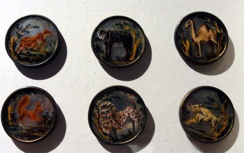 Les boutons, accessoires de mode au XVIIIe siècle 2617