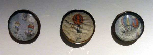 Les boutons, accessoires de mode au XVIIIe siècle 2713
