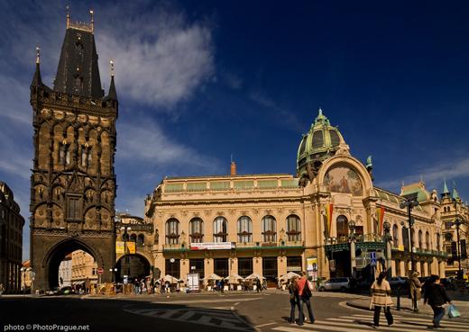 Prague et les Habsbourg - Page 2 326