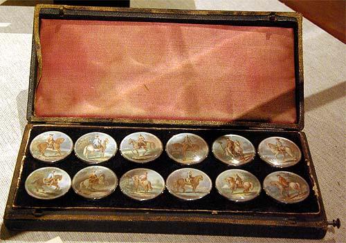 Les boutons, accessoires de mode au XVIIIe siècle 3711