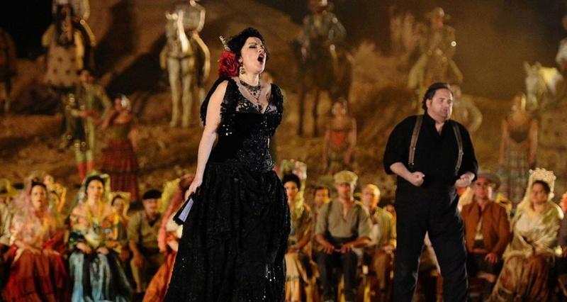 A l'opéra de Florence, c'est Carmen qui tue Don José ! 526