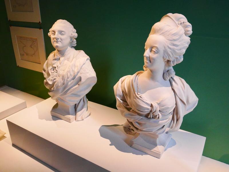 Exposition : Visiteurs de Versailles 1682-1789 - Page 3 P1070213