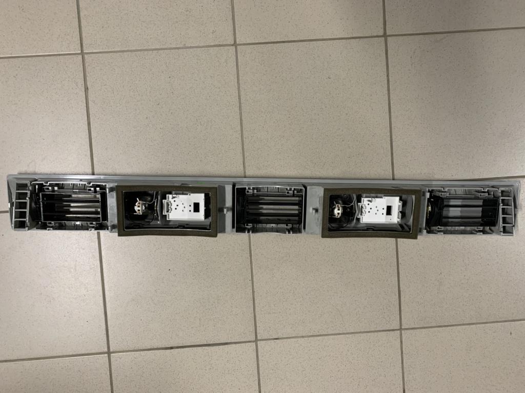 Bloc Éclairage Intérieur Arrière VW T5 Multivan Image015