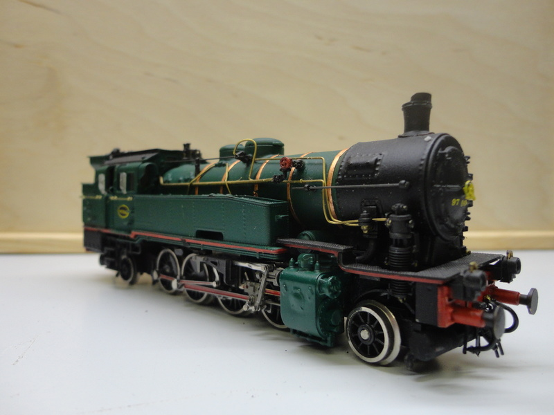 Transformation d'une BR 93 en type 97 SNCB Dsc08812