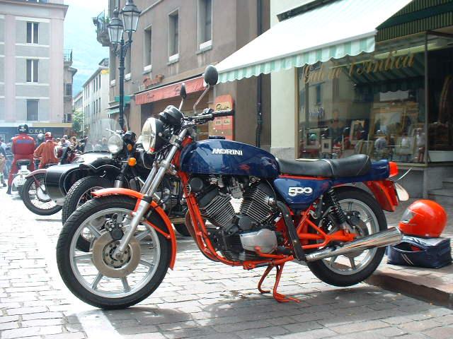 """concours photos 02/ 2018 :"""" Vous et votre moto en action par le passé ou le présent """". Morini10"""