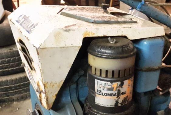 lombardini - (Recherche) capot pour Diesel Lombardini (ex.typo 520)  Captur10
