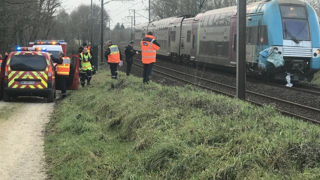 Loire-Atlantique. Collision train-voiture: un automobiliste tué Loire-11