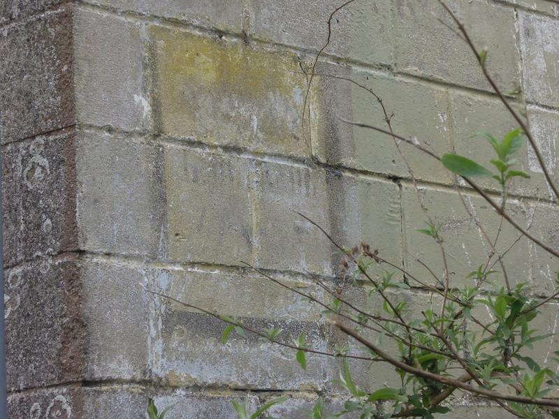 photos vieux murs publicitaires Iho_0415