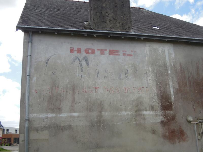 photos vieux murs publicitaires Iho_0510