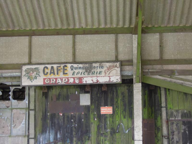 photos vieux murs publicitaires Iho_0611