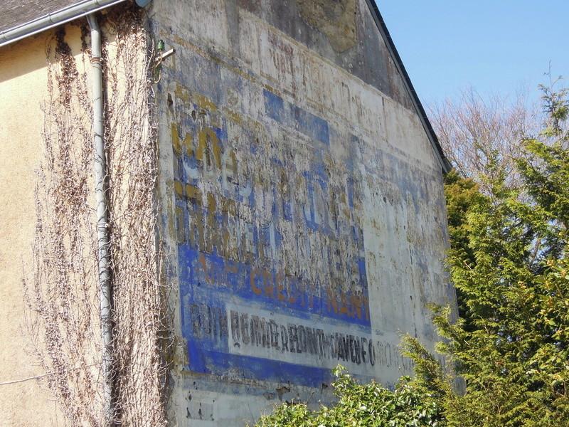 photos vieux murs publicitaires Iho_0614