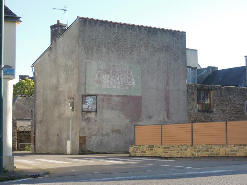 photos vieux murs publicitaires Iho_0715