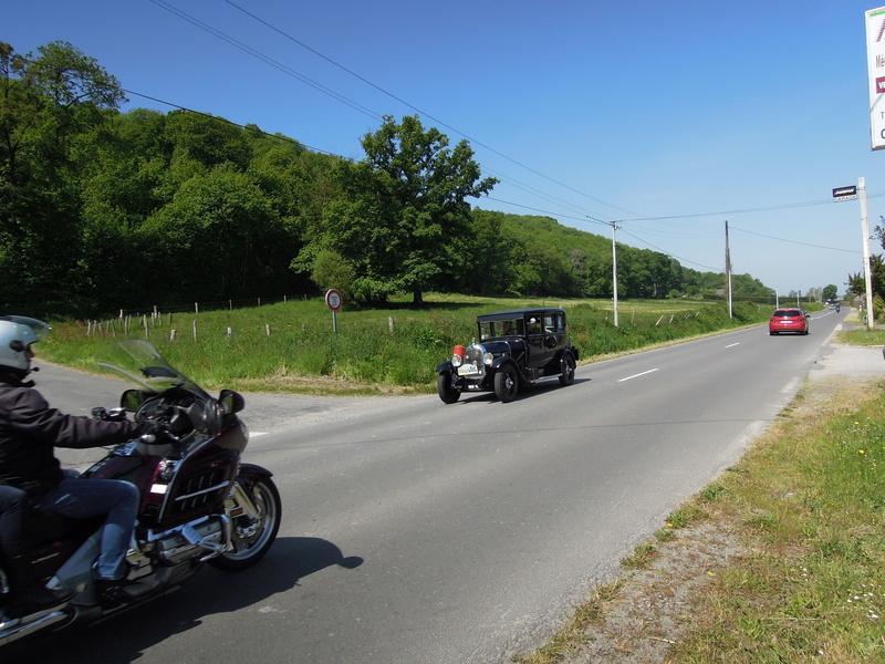 tour de Bretagne des vehicules anciens 2018 Iuyp_033