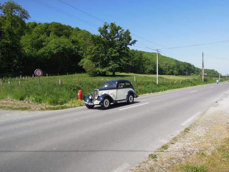 tour de Bretagne des vehicules anciens 2018 Iuyp_036