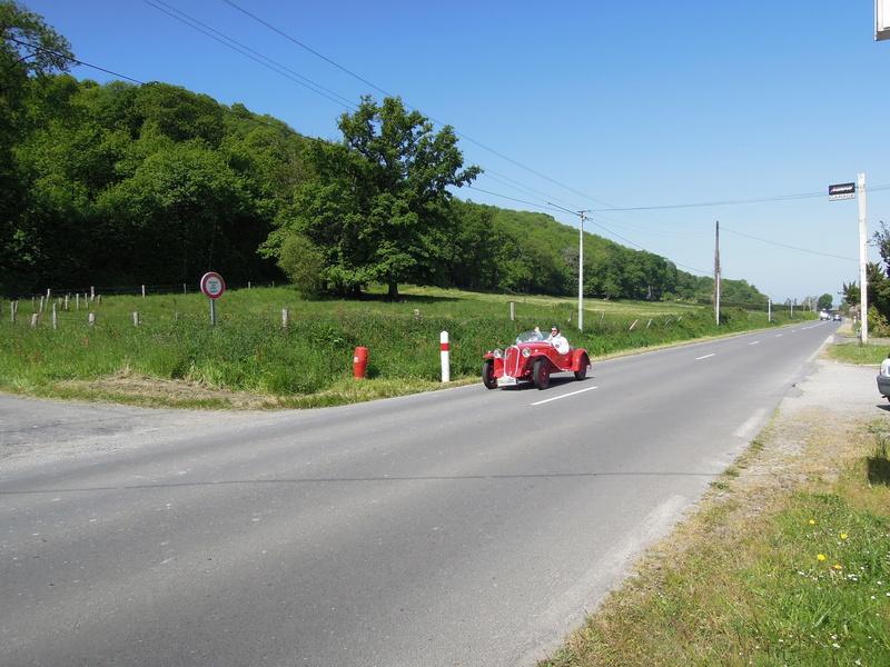 tour de Bretagne des vehicules anciens 2018 Iuyp_039