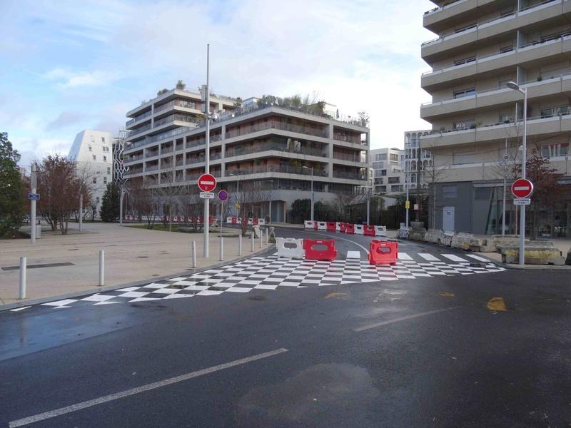 Bus 389 - Clamart - Trapèze - Hôtel de ville Boulogne-Billancourt Dsc00824