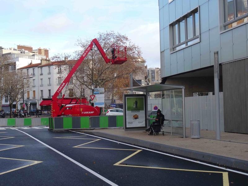 Bus 389 - Clamart - Trapèze - Hôtel de ville Boulogne-Billancourt Dsc00825