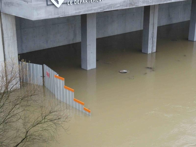 Crues de la Seine Dsc05742
