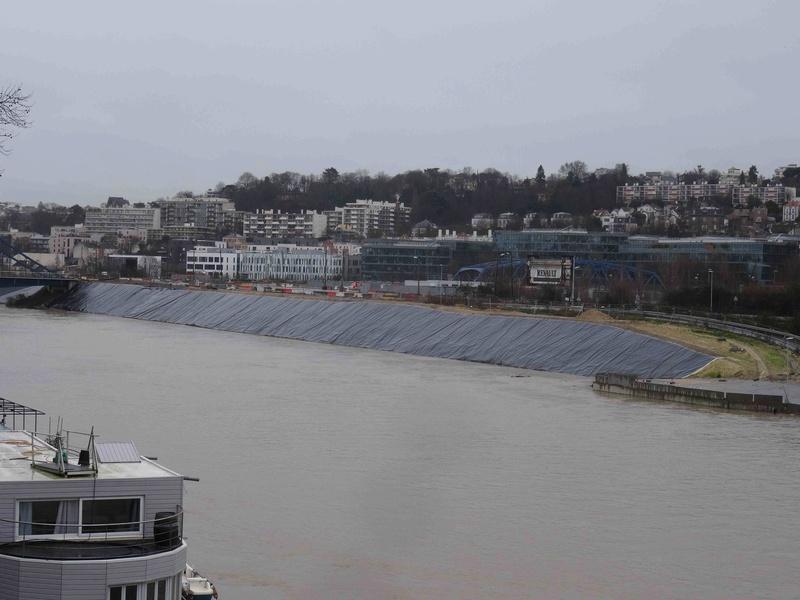 Crues de la Seine Dsc05744