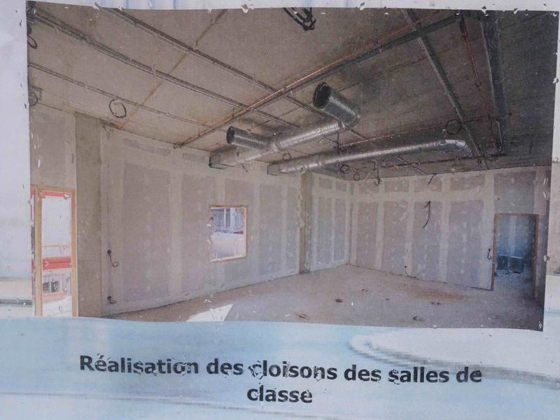 Photos du lycée - Page 2 Dsc06243